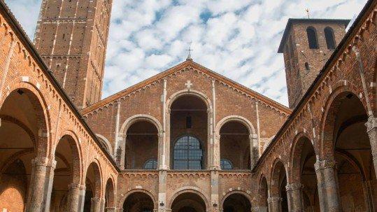 Foto della basilica di Sant'Ambrogio a Milano